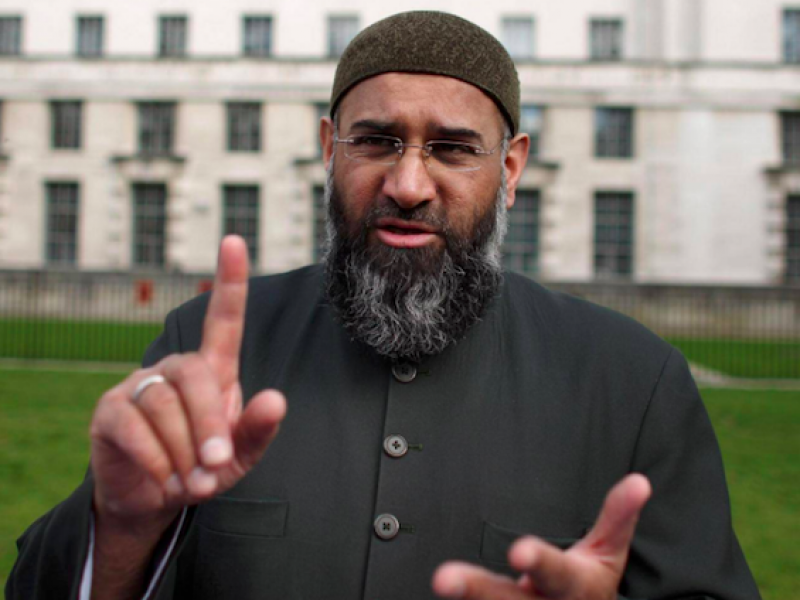 Denying the oxygen of publicity to extremists – views of a former police officer
